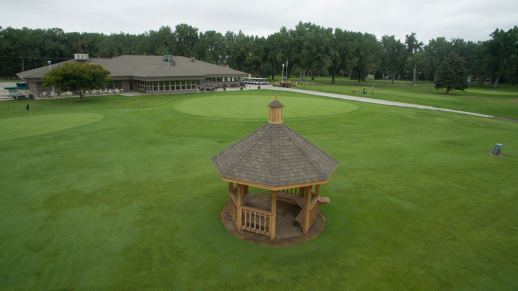 golf-site-wedding-chapel